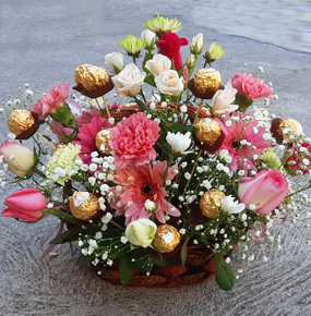 Mix Flower Basket With Chocolate